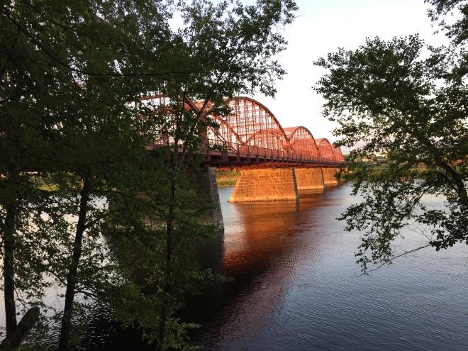 Ouellette Bridge, Aiken Street